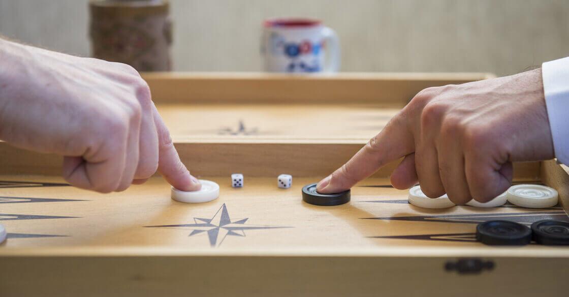 Backgammon Strategy Tips